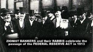 Rabini żydowscy i bankierzy świętują podpisanie Federal Reserve Act.