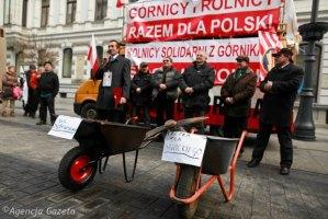 z17357501Q,Protest-rolnikow-na-ul--Piotrkowskiej