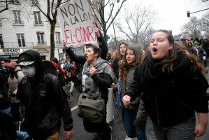 z19740664Q,9-marca--Protesty-francuskich-uczniow-i-studentow-