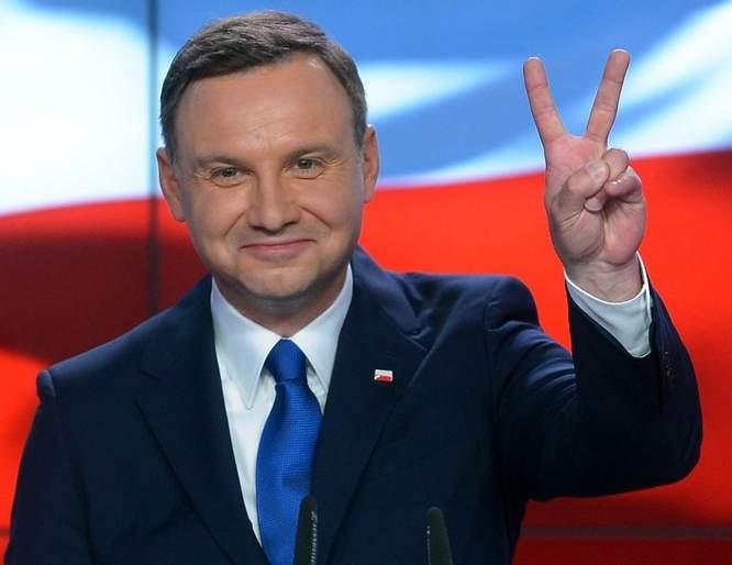 Kim jest prezydent Andrzej Duda – pomówienia, czy prawda ...